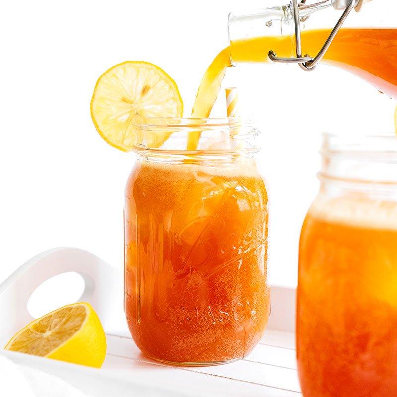 lemon ginger kombucha in glasses