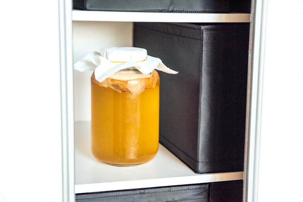 Brewing kombucha in a closet